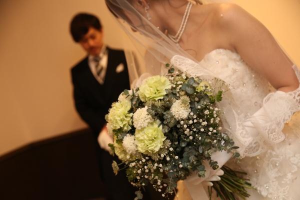 【結婚式で誰に感謝の気持ちを伝える?】あなたにぴったりな伝え方♡