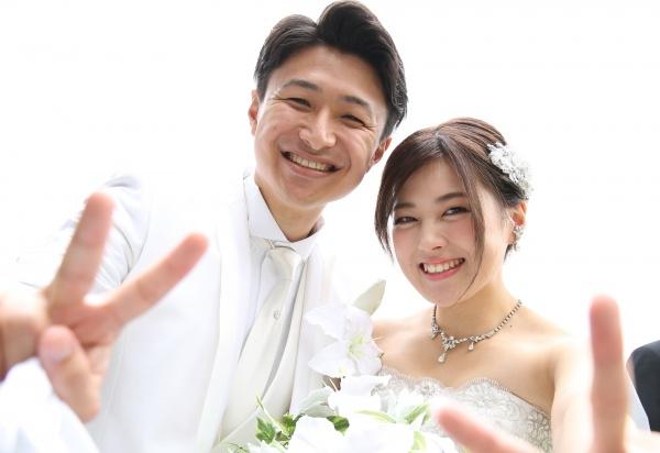 【ウエディングレポート♡挙式編】さわやかなおふたりの結婚式の様子をレポート♡こだわりが詰まったアイテムにも注目です☆