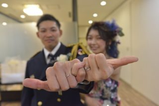 【永久の愛の証】結婚式で指輪を用意するのはどうして??指輪に込められたステキな意味♡