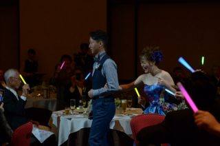 【ウェディングレポート♡パーティー編】友人・職場・親戚みーんなが参加の笑顔と感動に溢れた結婚式♡
