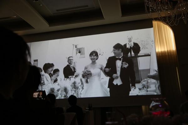 【結婚式で流す○○ムービー】取り入れることでゲストとの思い出もより深く♪ワクワクやドキドキ!感動がまざるオススメムービーをご紹介♪