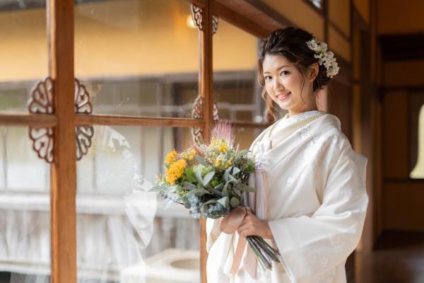 卒花さんに学ぶ【絶対残しておきたい花嫁ソロショット♡】おすすめポーズをご紹介☆