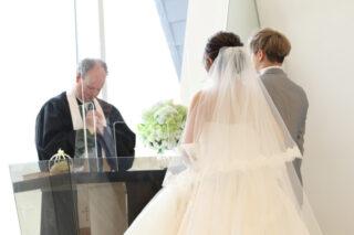 【完璧にドレスを着こなしたい花嫁さまへ!】立ち振る舞い&歩き方など押さえておきたいポイントを紹介☆
